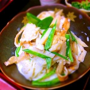 筍と板麩と絹さやの素麺サラダ