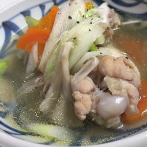 鶏手羽のスープ煮