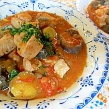 ひきわり豆とナスと塩豚のトマトシチュー