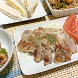 豚ロースとんかつ肉が天ぷら粉でこんがりにソーテー!