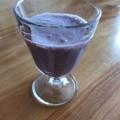 バナナとブラックベリーの豆乳ヨーグルトジュース
