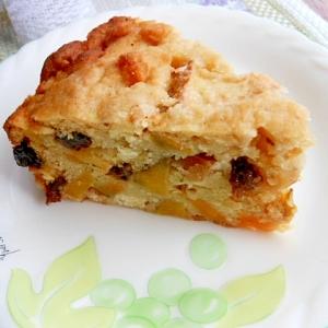 林檎とサツマイモの入った、ヘルシーおからケーキ