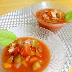 冷やしておいしい!夏野菜のスープ