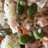 ソーセージと枝豆のチャーハン