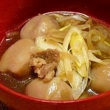 親鶏入り芋煮汁