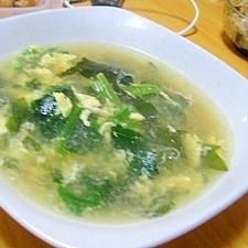 ほうれん草とわかめの卵スープ