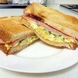 ハム&卵のホットサンドイッチ