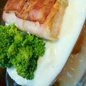 鮭のベーコン巻き~マッシュポテトソース添え~