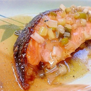 オーブンで焼く ほっくり焼き鮭のあんかけ