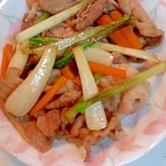 豚肉と島らっきょうの甘辛炒め