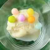 カラフルおいりのバニラアイスクリーム