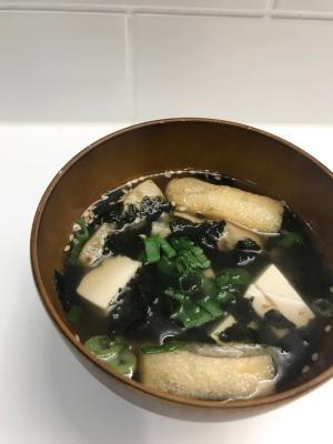 油揚げと豆腐の中華スープ