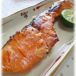 鮭の塩麹漬け焼き