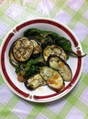 旬の野菜で♬ししとう&なすのみそ炒め