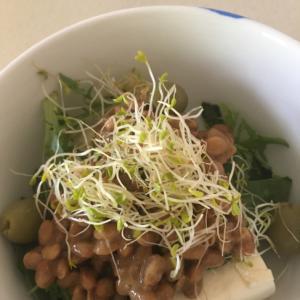 豆腐と納豆の簡単サラダ