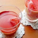 アサイージュースが綺麗なミルク寒天♪(果物入り)