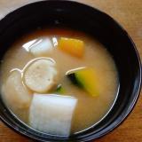 上天ぷらと南瓜とお麩の味噌汁