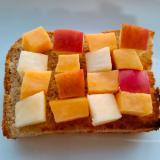 薩摩芋とリンゴの角切りトースト