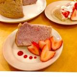 ふんわりしっとり☆いちごのエンジェルフードケーキ
