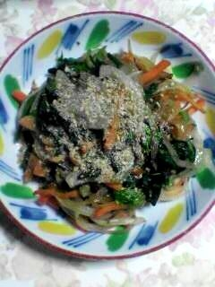 野菜たっぷり 生姜入り炒めものです♪