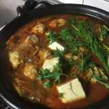 カサ増し鶏団子のキムチ鍋