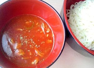 ツナとトマトのイタリアン風温かい素麺つゆ