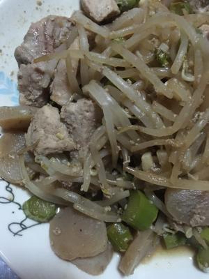 漬け豚ロースと玉こんにゃくの炒め物