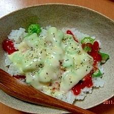 簡単、オクラのチーズご飯