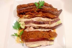 とろとろ茄子の2種の挟み焼き カレー&豚ポン酢