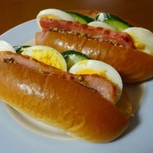 朝食に!ベーコン・きゅうり・タマゴサンド