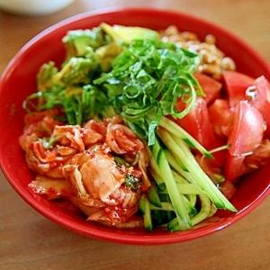 アボキム納豆サラダ丼