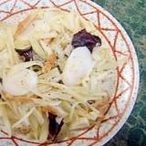トックとジャガイモの花椒レンジ炒め