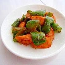 お弁当に♪ピーマンと魚肉ソーセージの炒め物