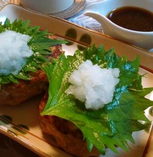 豆腐でかさ増し増し★ふっくら簡単おろしハンバーグ