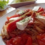 カマンベールチーズのベーコントマトパスタ