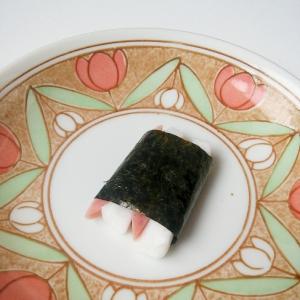 はんぺんと魚肉ソーセージの味付海苔巻き★からしマヨ