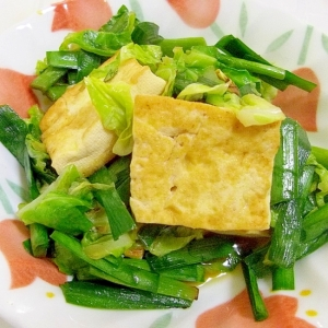 ヘルシー*春キャベツとニラと豆腐のにんにく醤油炒め