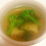レンジで簡単♪ブロッコリーと水餃子の中華スープ