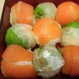 スモークサーモンと鯛の手まり寿司