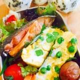 簡単お弁当おかず!彩りグリンピースの水玉卵焼き
