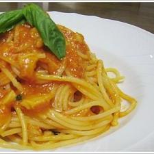 イタリアの味がよみがえったトマトソースのパスタ
