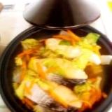 タジン鍋活用!!鮭と白菜の中華蒸し