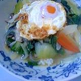 カラリ中とろり卵のチンゲン菜で中華丼