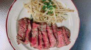安いステーキ肉を柔らかくする方法!!