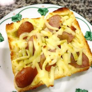 かぼすこでピリリ!ウィンナーとチーズトースト