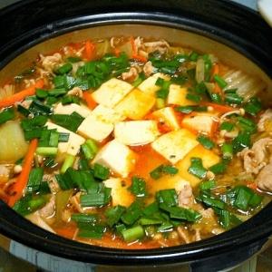 味付け簡単!!お野菜たっぷりとろっと麻婆鍋♡