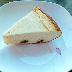 炊飯器で♪豆腐とレーズンのカッテージチーズケーキ