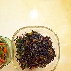 大根の葉とひじきのニンニク醤油炒め