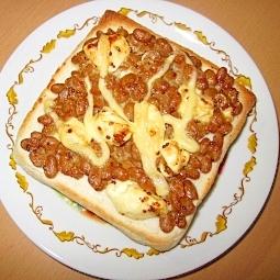 ★納豆とクリームチーズのピリマヨトースト★
