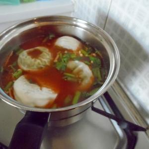 セロリ&餃子のスープ